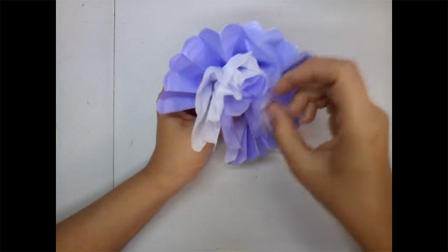 Flores hechas en Papel Seda